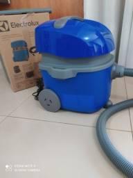 Aspirador de pó Electrolux 1400w