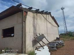 Galpão, barracão, pré moldado,com telhas a ser retirado em Rolândia