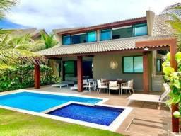 Belíssima casa na praia de muro alto, aceitamos financiamento.
