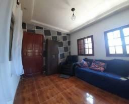 Título do anúncio: Casa com 2 quartos, á venda no Centro em Lima Duarte