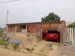 Vendo casa no bairro São francisco casa no ponto de transferir