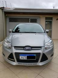 Ford Focus Hatch 1.6 S 2014 Powershift - 2014