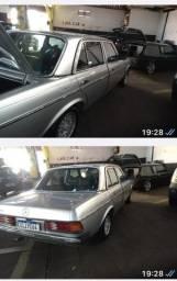 Vende se ou troca-se a te R$ 70.000 Mercedes 230 modelo raro 04 cc