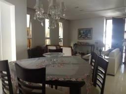 Casa em condomínio fechado, com: 3 quartos, sendo uma suíte // #área gourmet