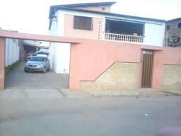 Vendo bela casa 400.000