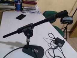Mesa de som e pedestal de mesa