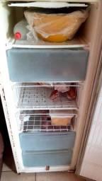 Vendo freezer  400reais