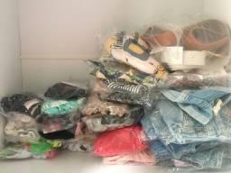Lote de roupas novas 40 peças