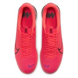 Chuteira Futsal Nike Mercurial Vapor 13 Academy IC - Vermelho e Preto