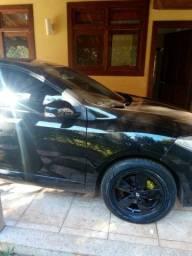 Carro sedan fluence 2011