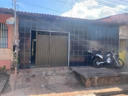 Casa bem localizada em Aguazinha, Olinda-PE