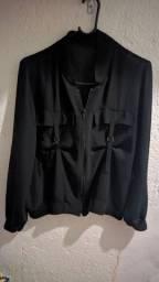 Vendo separadamente blusas de tecido fino  e malha de mangas Tam M