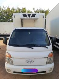 Caminhão HR Refrigerado