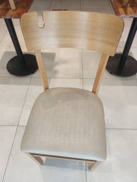 Cadeira Franco Bachot com suporte para Bolsa, design moderno