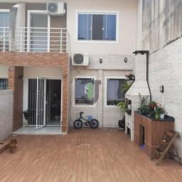 JI154 - Lindo sobrado com 2 dormitório semimobiliado em São José!