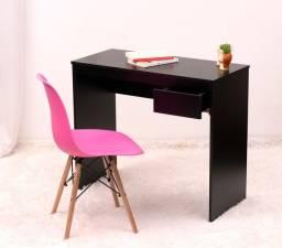 Escrivaninha  com gaveta + cadeira 299,00 10 X sem juros
