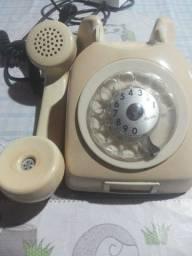 Vendo telefone antigo está funcionando