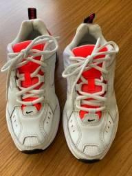 Nike m2k tekno feminino número 34.
