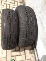 Vendo pneu de caminhonete R16