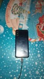 Xiaomi MI A2 lite 64 gigas pequena trinca e mancha na tela