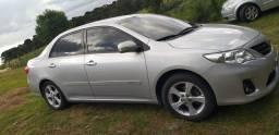 Vende-se um Corolla ano 2013 xei automático
