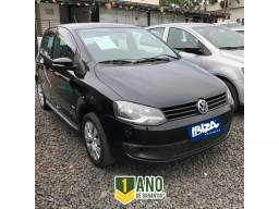 Volkswagen Fox 1.0 FLEX 4P - 2012