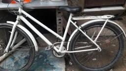 Bicicleta ótima em perfeito estado por 200