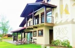 Casa 226m² com vista para o mar, 1 suíte + 1 dormitório em terreno amplo de 648m², à venda