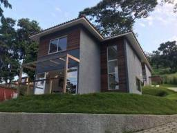 Casa à venda em Petrópolis/RJ