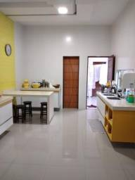 Vende-se casa de condomínio Damha Araçagy