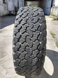 Título do anúncio: pneu general grabber at2 245/70r16<br>