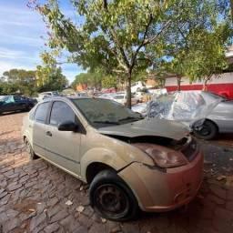 Sucata para retirada de peças _Ford Fiesta 2008