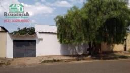 Casa com 3 dormitórios para alugar por R$ 695,00/mês - Vila Industrial - Anápolis/GO