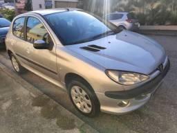 Peugeot 206 1.4 Flex Completo - 48x 449,00 + Entrada