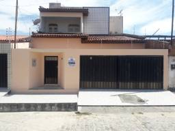 Vendo casa no conjunto Augusto Franco, bairro Farolândia