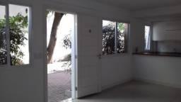Linda casa residencial no Catete - NS