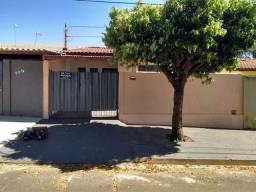 Casa a venda - Jaboticabal / SP