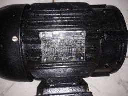 Motores elétricos trifásico de alta rotação