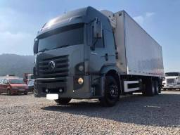 Título do anúncio: Volkswagen Vw Constellation 24250 6x2 2011/11 c/ Baú refrigerado