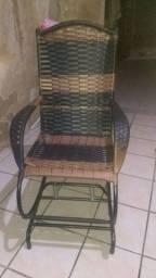 Vendo cadeira de balanço (novíssima) WhatsApp *47 R$250,00