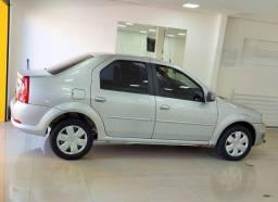 Renault Logan única dona ótimo estado