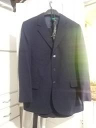 Terno tm52 calça tm44 vai com A gravata