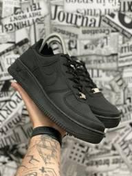 Título do anúncio: Tênis Nike Air Force Preto