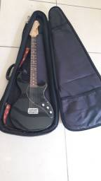 Título do anúncio: Guitarra e pedaleira Line 6