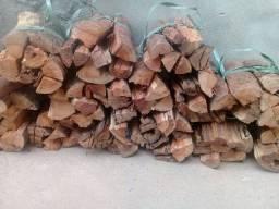 Lenhas de angico