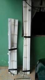 Três persianas ,uma porta de quarto 80 cm e um cortador de cerâmica