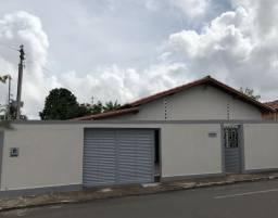 Casa no centro de araguaina com 4 quartos