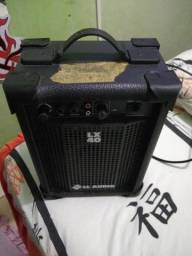 Caixa pequena professional. LL áudio profissional multiuse. LX 40