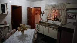 Casa com 6 dormitórios à venda por R$ 660.000,00 - Vila Salomé - Cambé/PR