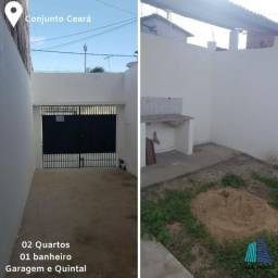 Alugo ótima Casa ampla com garagem e quintal no bairro Conjunto Ceará